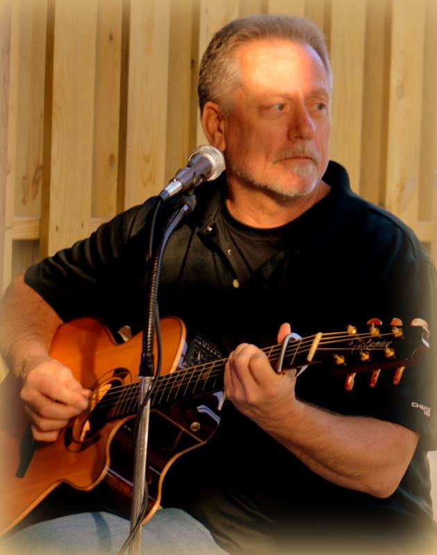 LIVE Music in Newport News Featuring Dave Crumpler
